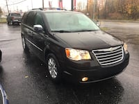 Chrysler - Town and Country - 2010 Mascouche, J7L