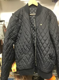 Diamond supply reversible black quilted jacket Burnaby, V5G 3X4