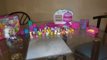 Shopkins with bakery and Gemma doll
