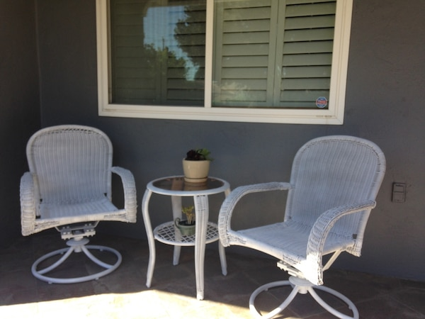 Used White Wicker Look 2 Chairs And Table Chairs Rock And Swivel