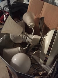 Pre-owned Hampton Bay Ceiling Fan w Lights and Remote. Great Condition Coppell, 75019