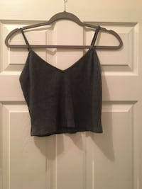 Brandy Melville top (one size fits all) Windsor, N9B 3P4