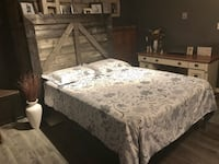 white and gray floral bed sheet Lucan Biddulph, N0M