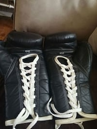 Pro boxing gloves Collingwood, L9Y 3Z1