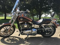 black and brown cruiser motorcycle