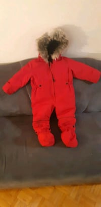 All-in-One snowsuit Unisex size 18m Toronto, M1M 3W5