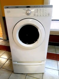 white front-load clothes washer Duluth, 30096