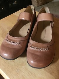 Flats - Tan Leather by Madison, size 7M with Velcro strap Jacksonville, 32226