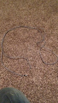 10 obo it's 10feet long iPhone charger nothing wrong with it just bought the wrong charger