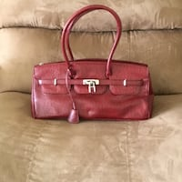 Faux Ostrich Quality bag.  REDUCED! Hagerstown, 21742