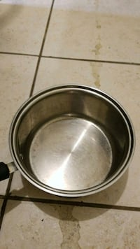 round stainless steel cooking pot New Orleans, 70131