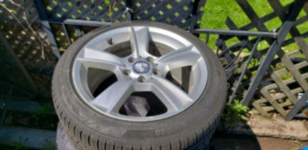 snow tires and rims for a mercedes 0