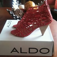 pair of women's red Aldo open-toe pumps with box Evergreen Park, 60805