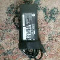Hp laptop charger London, N6G 4Y1