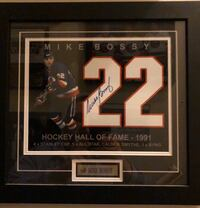 Autographed & Custom Framed Mike Bossy (22) (8x10) photograph New York, 11361