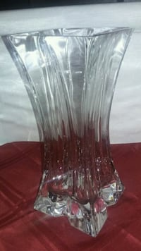 Beautiful Crystal Vase Surrey, V3V 2X7