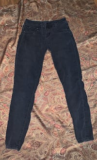 Women's/Girls Straight Leg Pants Size 5 Oklahoma City, 73109