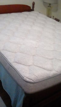 Queen  mattress BRADENTON