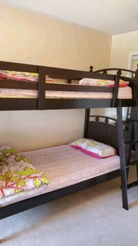 Bunk bed with mattresses Mississauga, L5M 2N1