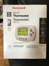 Brand new Honeywell WiFi thermostat Whitby, L1P 1A9