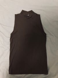Cute half neck sleeveless top
