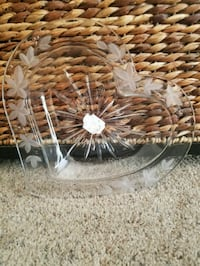Glass heart dish. Serious buyers only.  Simi Valley, 93065