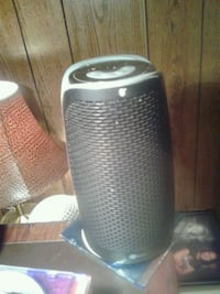 gray and black portable speaker Gatineau, J8T 1W8