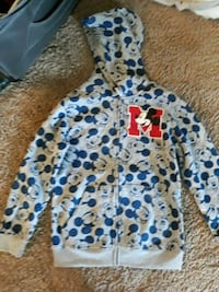 new disney hodey with out tag small for my grand dughter Baltimore, 21239