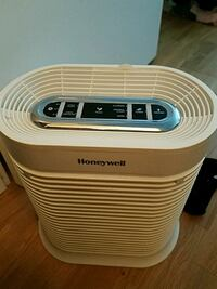 Hepa air purifier. Falls Church, 22041