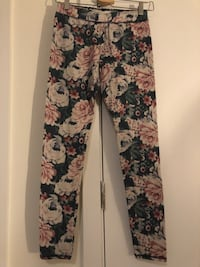Three size S leggings New York, 11377