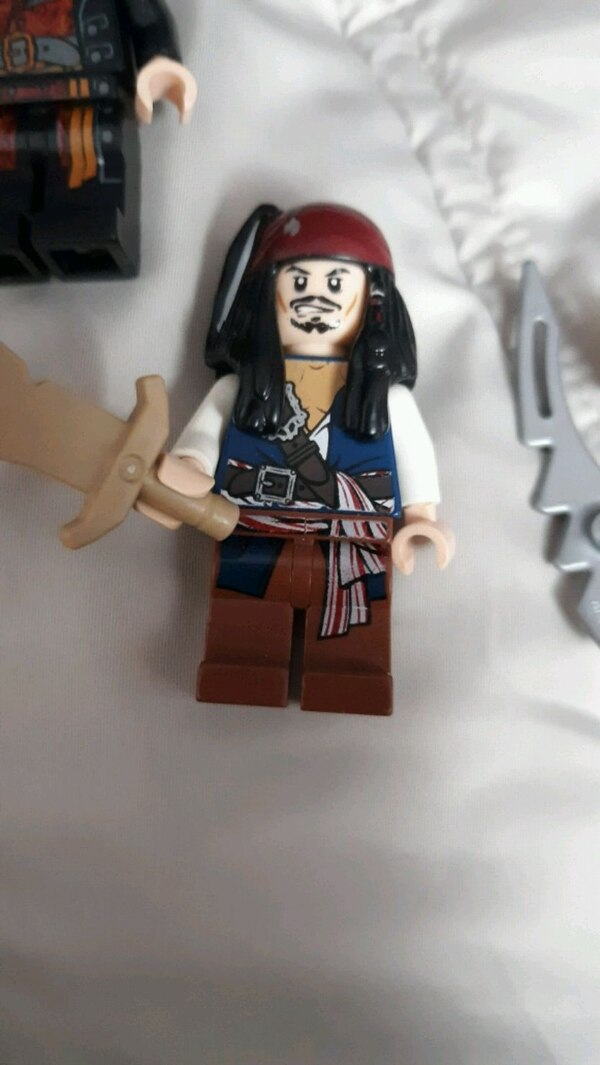 Lego pirates of the Caribbean minifigs  fd402d3a-694d-49ac-85a6-34684fa074d3
