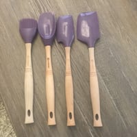 Le Creuset Cassis Revolutions Set of 4 New Silicone & Wood Utensils Washington, 20001
