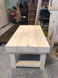 4ft coffee table Leduc, T9E 8C8