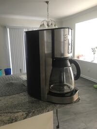 gray and black coffee maker Williams, 18042