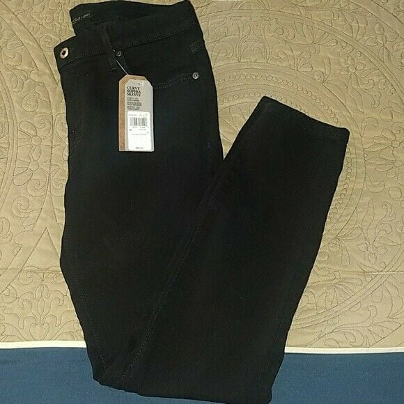 2 Pairs Guess Skinny Black jeans NEW WITH TAGS