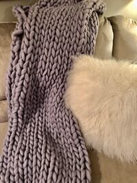 Purple chunky knit blanket - soft! Edina, 55435
