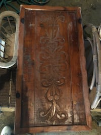 Beautiful hand carved wooden coffee table Smithsburg, 21783