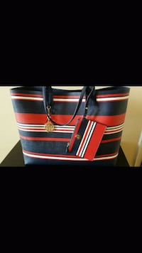 Brand new large Tommy Hilfiger handbag with pouch  Toronto, M1J 2G3