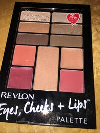 Revlon makeup kit NEW Toronto, M1B 5Y1