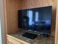 Smart TV and Cable Box - price negotiable  BURLINGTON