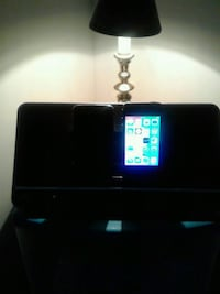 Iphone 4s iPod touch and iphone dock and charger Gaithersburg, 20877