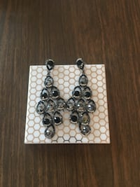 Silver-colored beaded earrings null