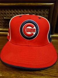 Chicago Cubs Fitted Cap size 7 5/8 Laval, H7M 4C2