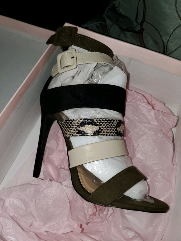 Size 7.5  all 3 pairs heels   All brand new in the Box 3494b540-5389-4377-8c05-d8502a206664