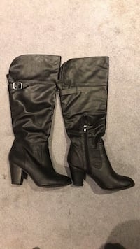 Le chateau boots - size 7 1/2 London, N6A 1V9