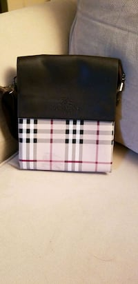 white and black Burberry leather crossbody  Laval, H7K 3L7