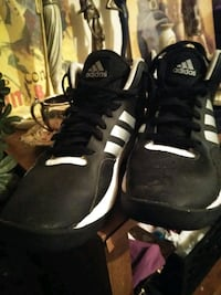 Size10 Addidas Richland, 99354