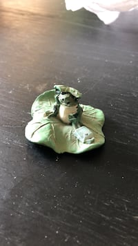 Frog figurine with backpack Oakville, L6H 3B6