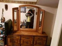 Beautiful 9 drawer dresser 6' with wingtip mirror Winnipeg, R2P 0P1