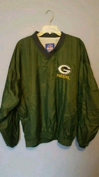 GB Packers Pullover - new